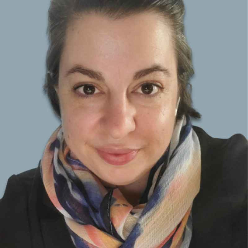 Josie Komorowski - Headshot